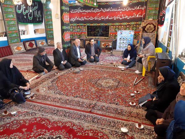 برگزاری دوره آموزشی برای درختان میوه در شهرستان لاهیجان