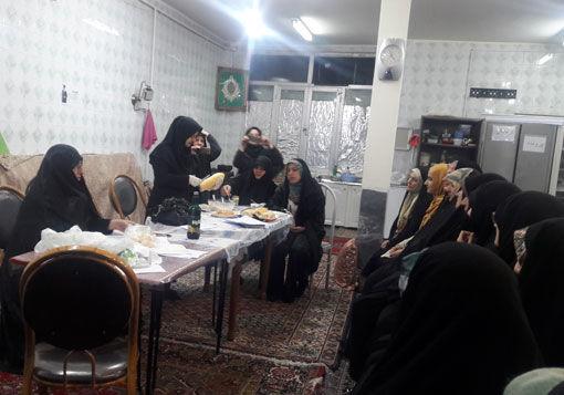 آموزش طبخ آبزیان در پایگاه های مقاومت بسیج محلات شهرستان تبریز