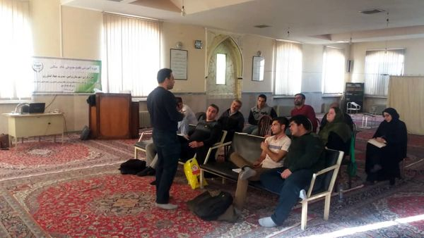 برگزاری کارگاه آموزشی تلقیح مصنوعی دام در ورامین