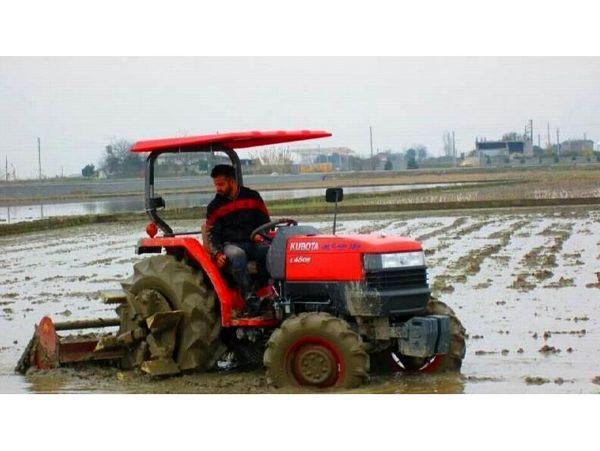 دو میلیون لیتر سوخت بین کشاورزان نکایی توزیع شد