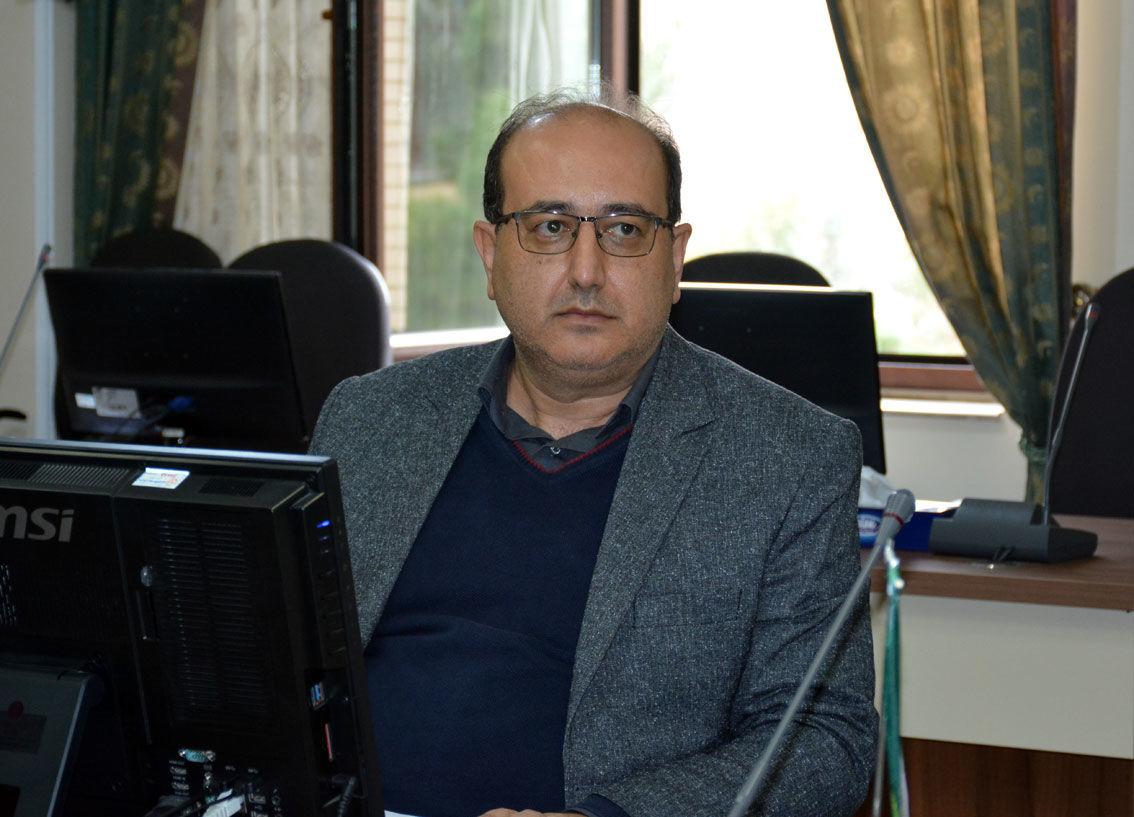 علی تبریزی مدیر صندوق بیمه محصولات کشاورزی استان آذربایجان شرقی