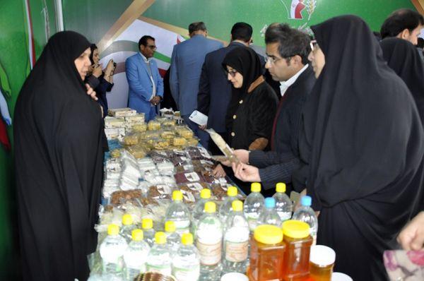 افتتاح نمایشگاه دستاوردهای زنان روستایی و عشایر در بیرجند