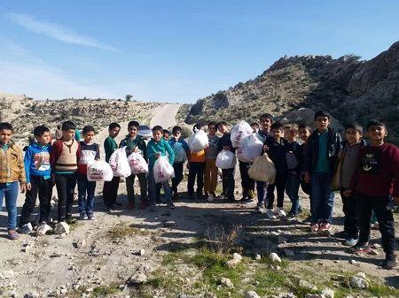 کودکان همیار طبیعت، جنگلهای قیروکارزین را پاکسازی کردند