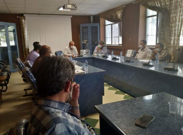 پنجمین جلسه کمیته فنی استانی کشت پاییزه در شهرستان تاکستان