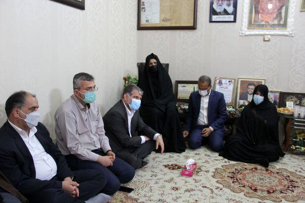 دیدار وزیرجهادکشاورزی با خانواده شهید گنجی