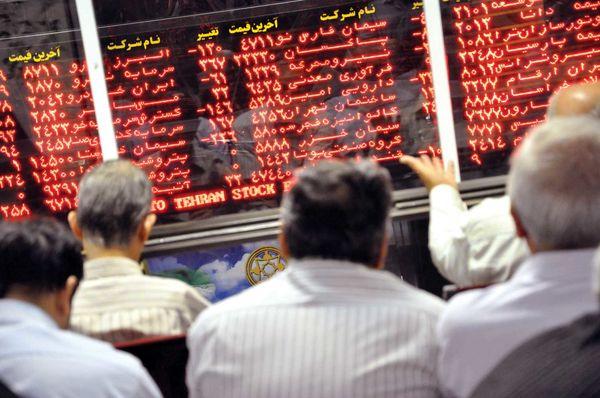موج بازار ارز به بازر سهام میرسد