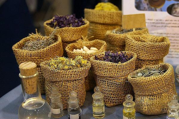 منابع گیاهی ایران بیش از 8000 گونه است