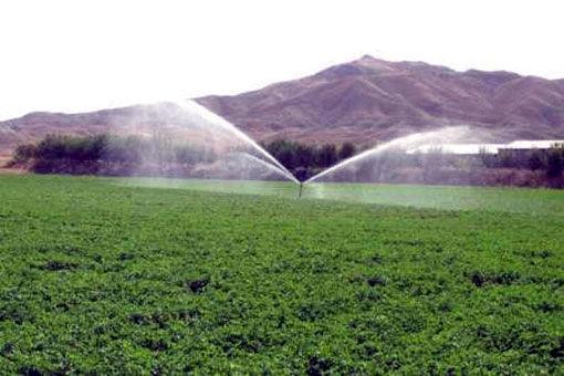 تجهیز 137 هکتار از اراضی شهرستان مراغه به سیستم آبیاری نوین