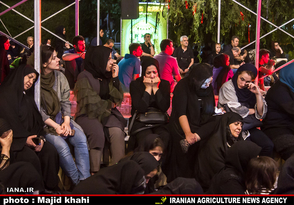 شب بیست و سوم ماه مبارک رمضان درپارک هنرمندان