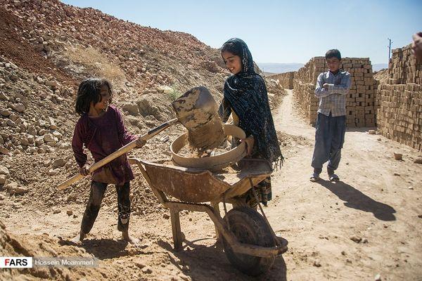 کارگران کورههای آجرپزی فاروج