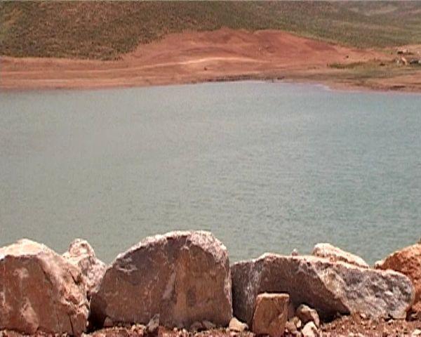 بهرهبرداری از نخستین سد بزرگ ذخیره آب عشایری استان در فریدون شهر
