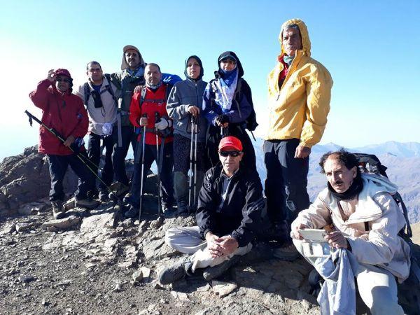 کوهنوردان وزارت جهاد کشاورزی قله 4161 متری شاه البرز طالقان را فتح کردند