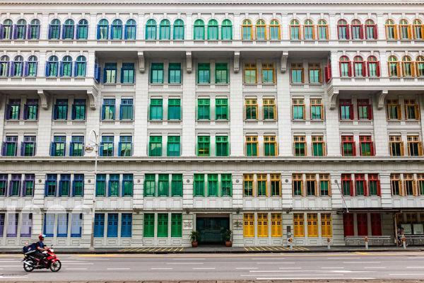 پنجرههای رنگی خیابانی در سنگاپور