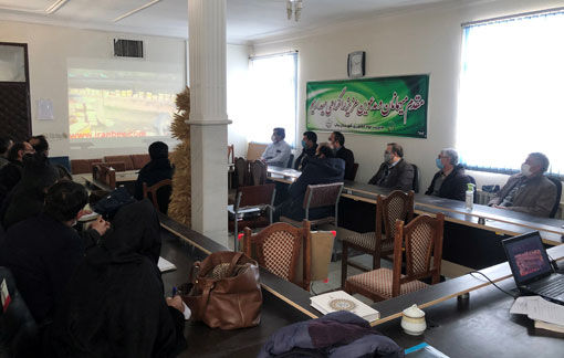 برگزاری کارگاه آموزشی آشنایی با روشهای تهیه ژل رویال و گرده در شهرستان بناب