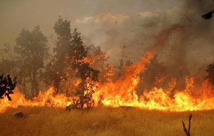 مهار آتش سوزی در مراتع اقلید