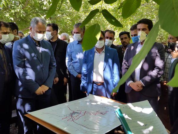 بازدید وزیر جهاد کشاورزی از طرح مبارزه با آفت کرم خراط در باغات گردو