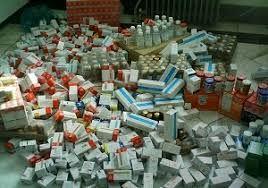 کشف 4 انبار قاچاق داروهای دام و طیور در شهرستانهای سمنان و سرخه