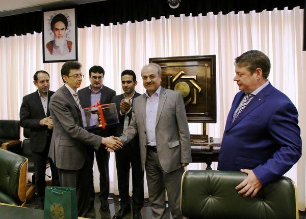 ایران و روسیه تفاهمنامه همکاری بانکی امضا کردند