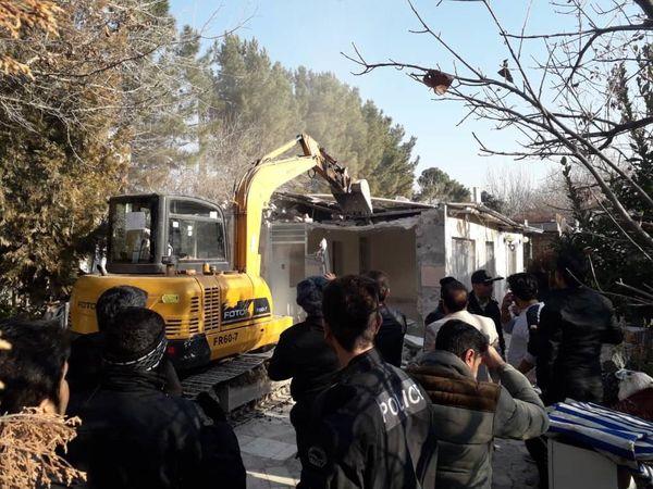 آزاد سازی 5.5 هکتار از اراضی کشاورزی شهرستان تهران از دست متصرفان