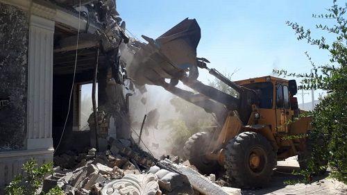 تخریب ساخت و ساز های غیر مجاز در ارسنجان