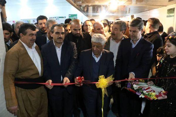 افتتاح کشتارگاه صنعتی گوشت مرغ و طرح گاز رسانی به ۴ روستا در شهرستان پیرانشهر