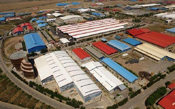صادرات 1600 تن انواع آب میوه از شرکت مزرعه آفتاب دکانا