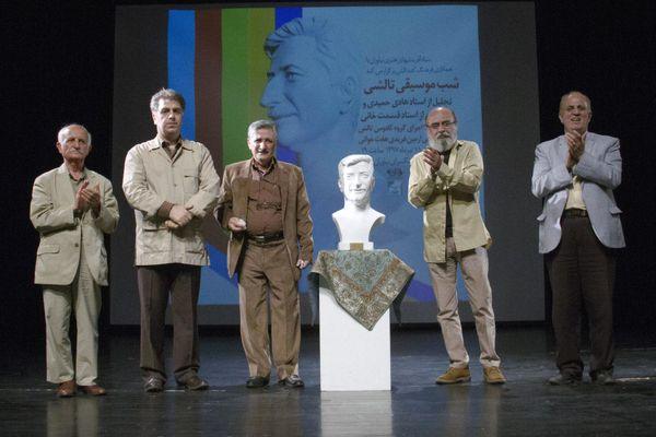 اقوام ایران وامدار تلاشهای محمدرضا درویشی در عرصه معرفی سازها هستند