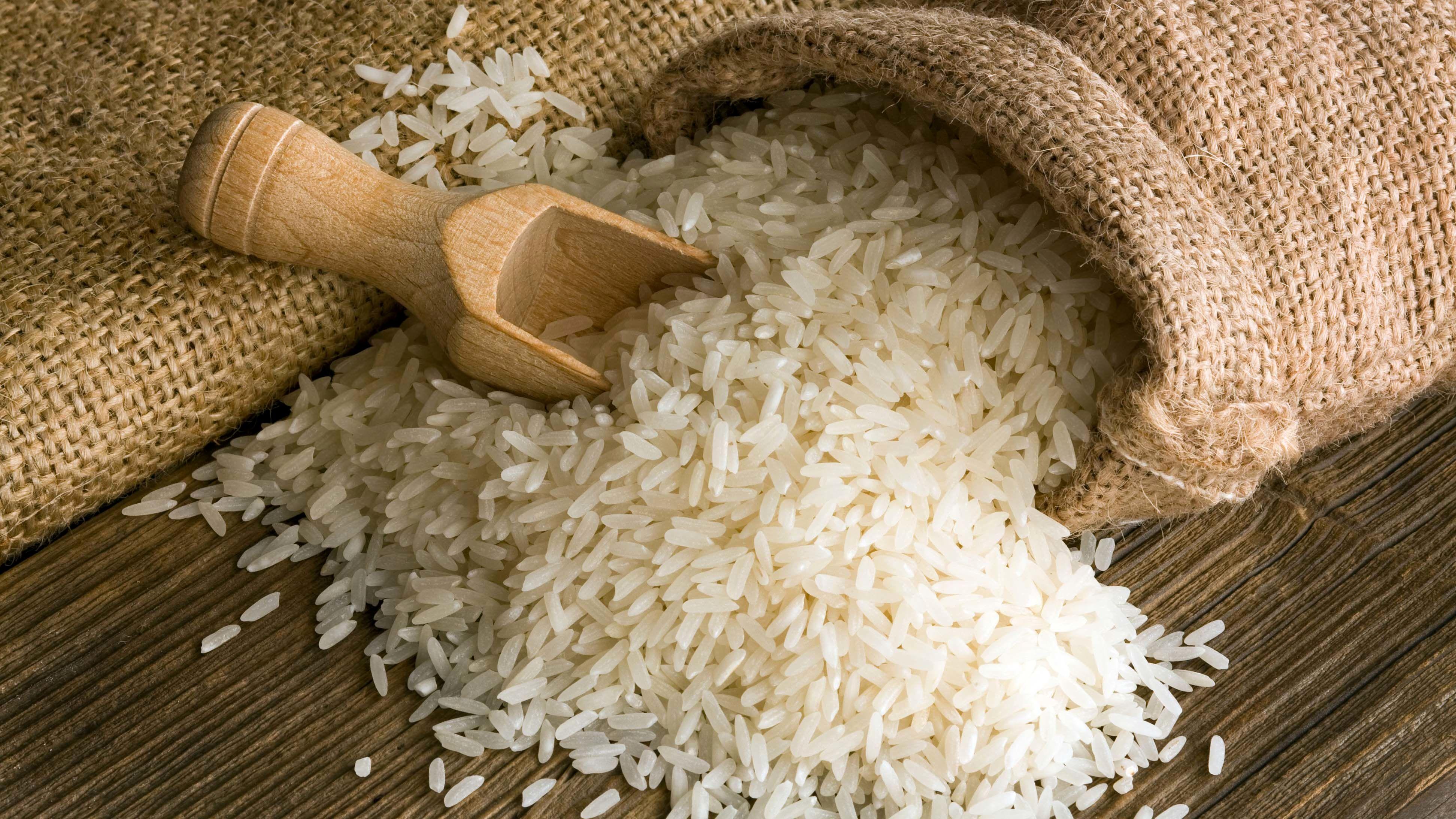 عرضه برنج هاشمی گیلان در بورس کالا
