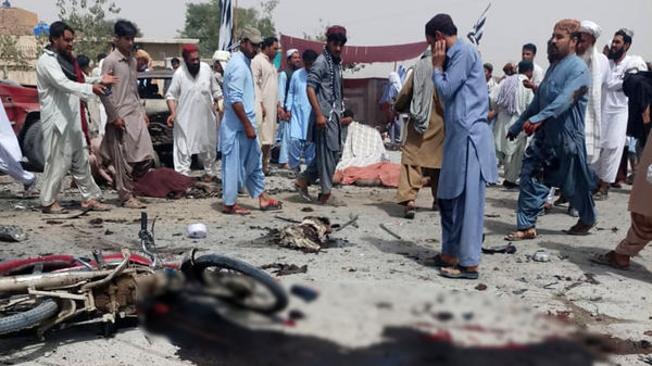 ۳۵ کشته در انفجار انتحاری داعش در نزدیکی مرکز اخذ رای در کویته پاکستان