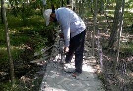 تخریب داوطلبانه دو بنای غیرمجاز  در شهرستان سامان