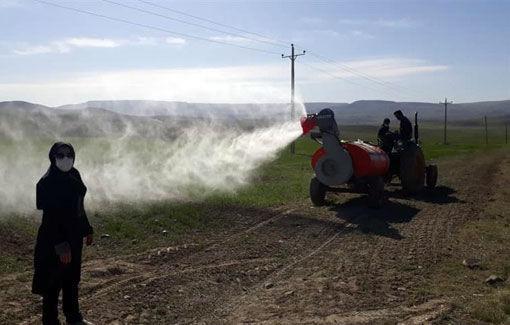 آغاز محلول پاشی مزارع طرح جهش تولید در دیمزارهای شهرستان هشترود