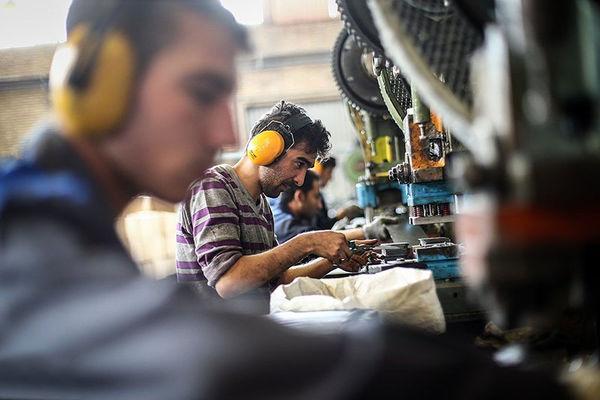 کارگران امنیت شغلی میخواهند نه بسته حمایتی