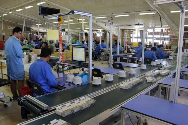صدور 950 میلیارد ریال ضمانت نامه برای 148 واحد صنعتی در کشور