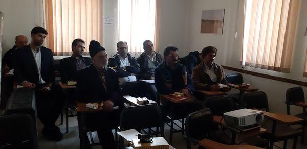 برگزاری کارگاه آموزشی اصول علمی و عملی تغذیه دام در دهمویز شهریار