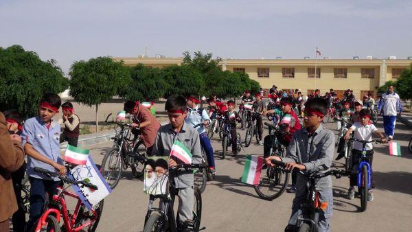تسهیلات ویژه دوچرخهسواری برای دانشآموزان و معلمان