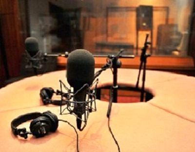 پخش برنامههای رادیوئی به منظور ترویج بخش کشاورزی در استان زنجان